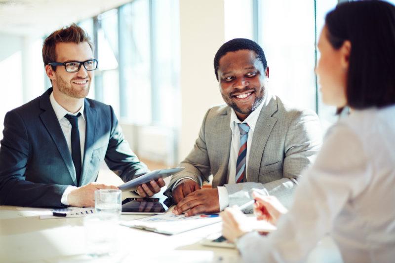 jobinice-erros-evitar-contratacao-empresas