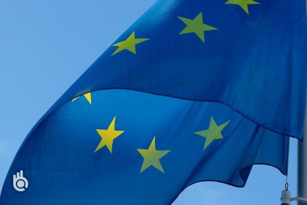 Presidência Portuguesa da UE recruta